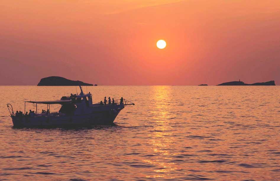 Ibiza boat hire Utopia